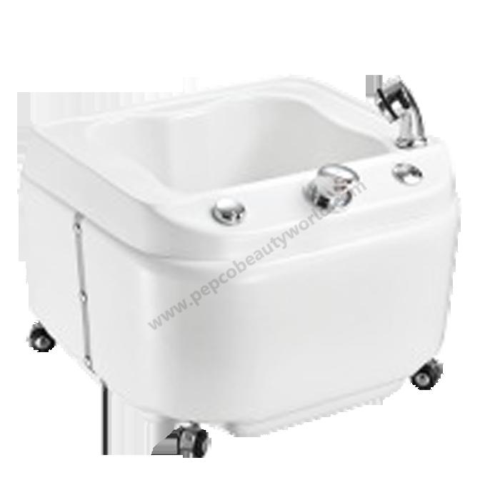 White Jacuzzi Tub